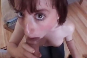 Amateure Blowjob mit Titty